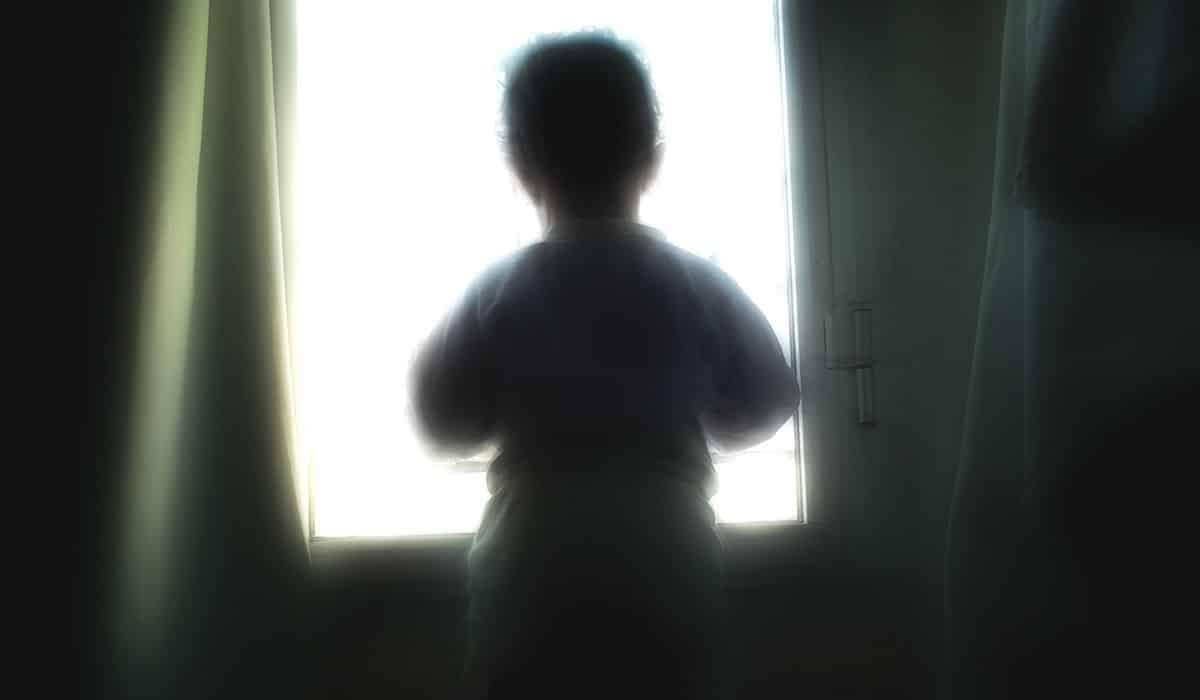 3 violências comuns que cometemos contra crianças