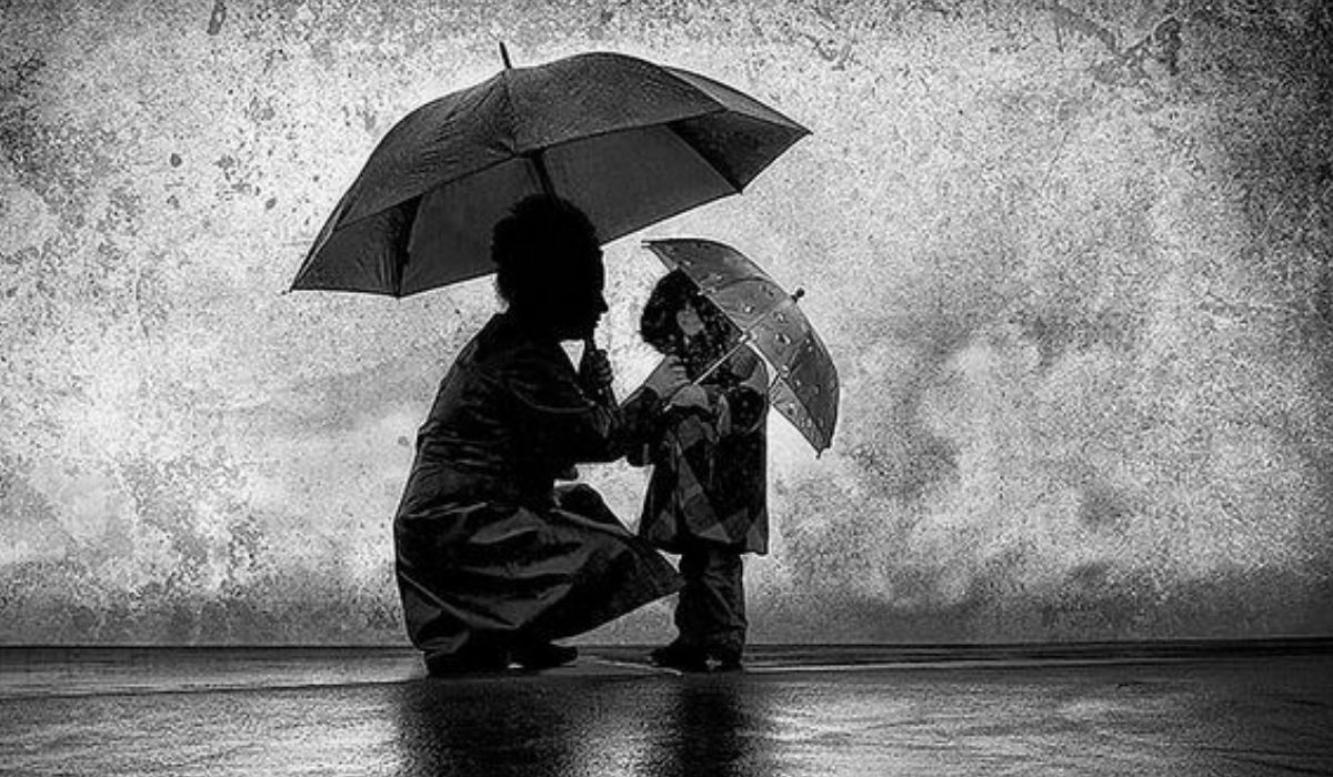 Ser mãe, no país dos absurdos, durante a tempestade